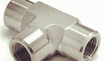 不锈钢过渡接头的特点
